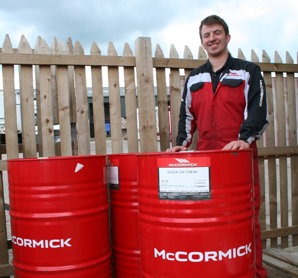 Show Garry Wight with McCormick Agrolube products
